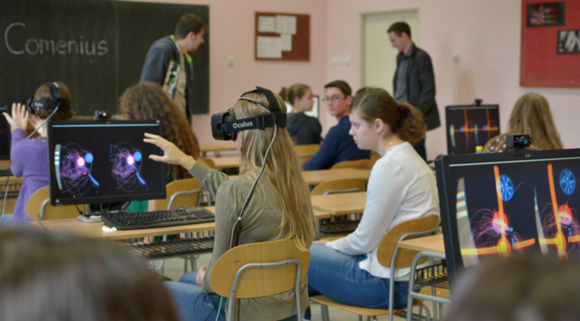 Bron: http://www.roadtovr.com/world-of-comenius-virtual-reality-education-biology-lesson-leap-motion-oculus-rift-dk2/