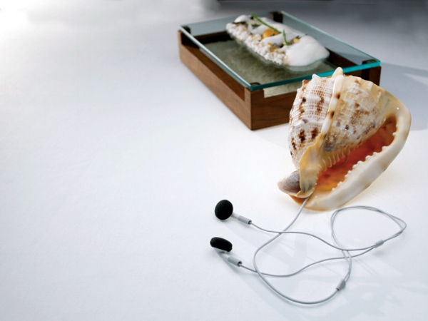 "The Fat Duck dish ""Sound of the Sea"""