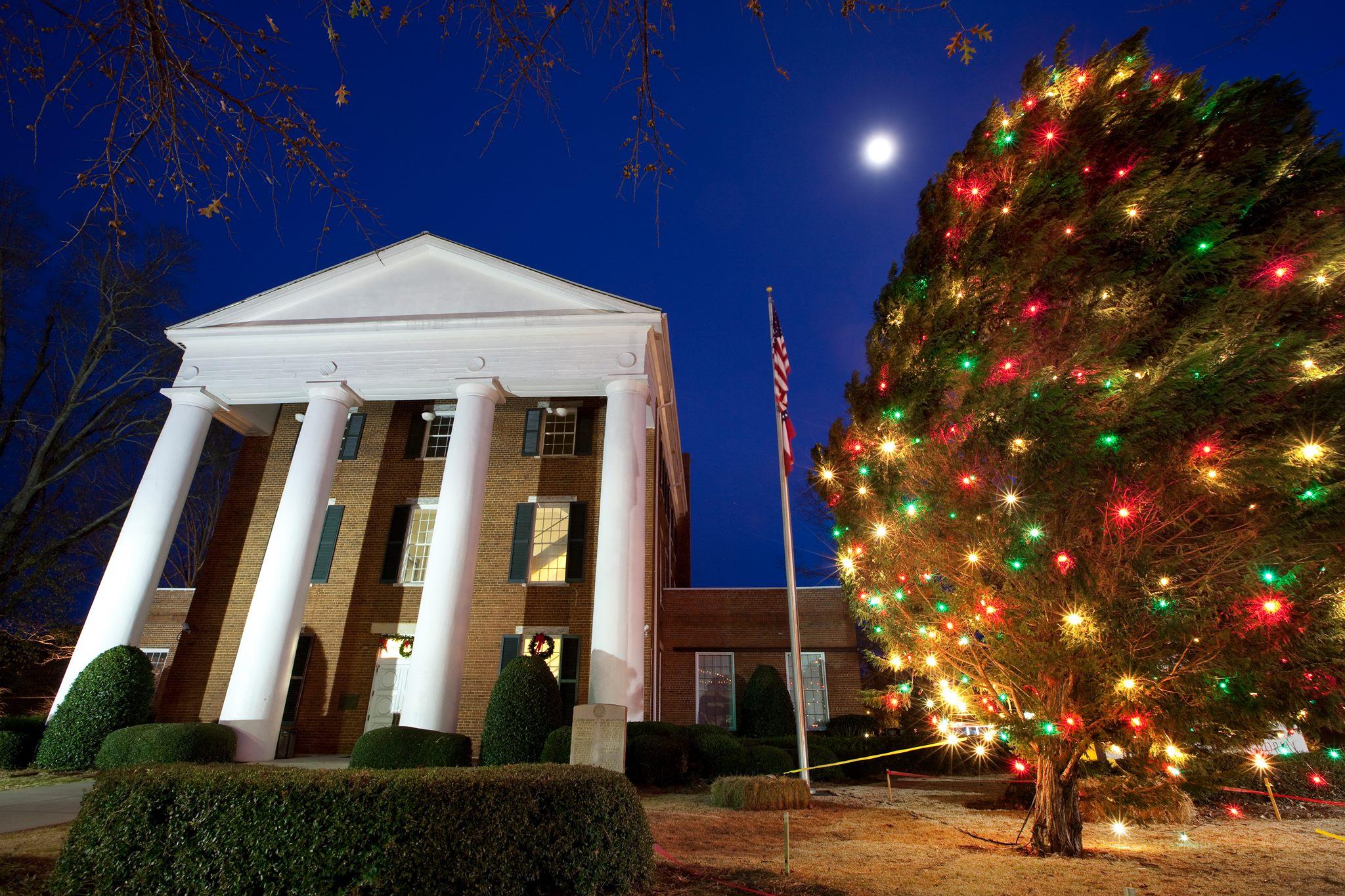Greensboro tree lighting.jpg