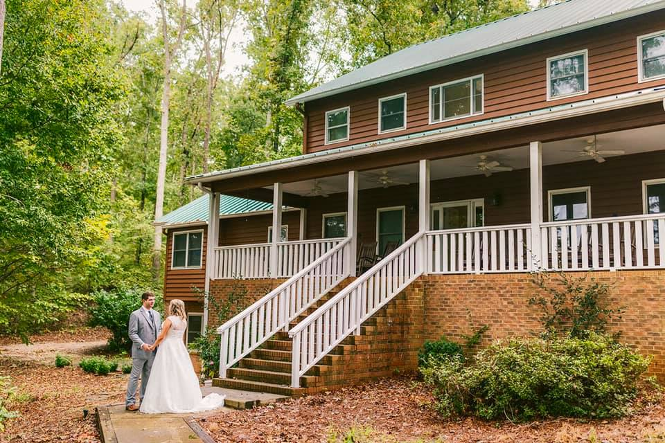 Lundy Creek Lodge