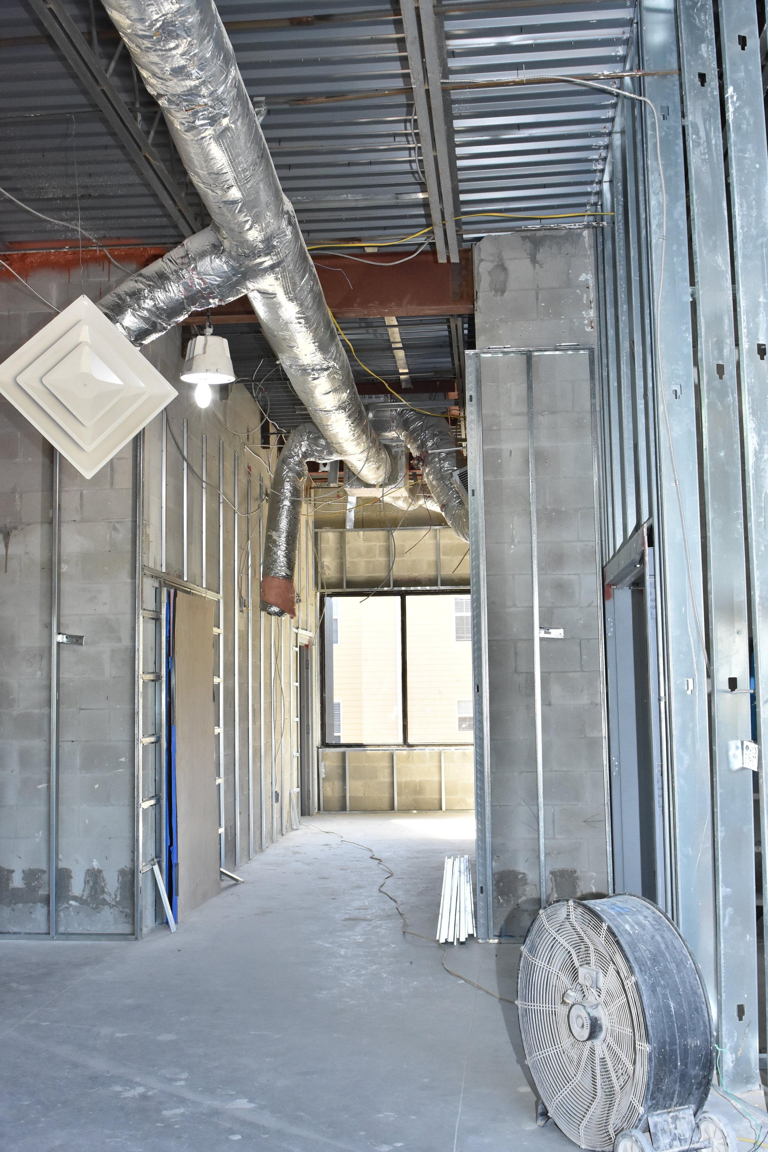 US Hallway.JPG