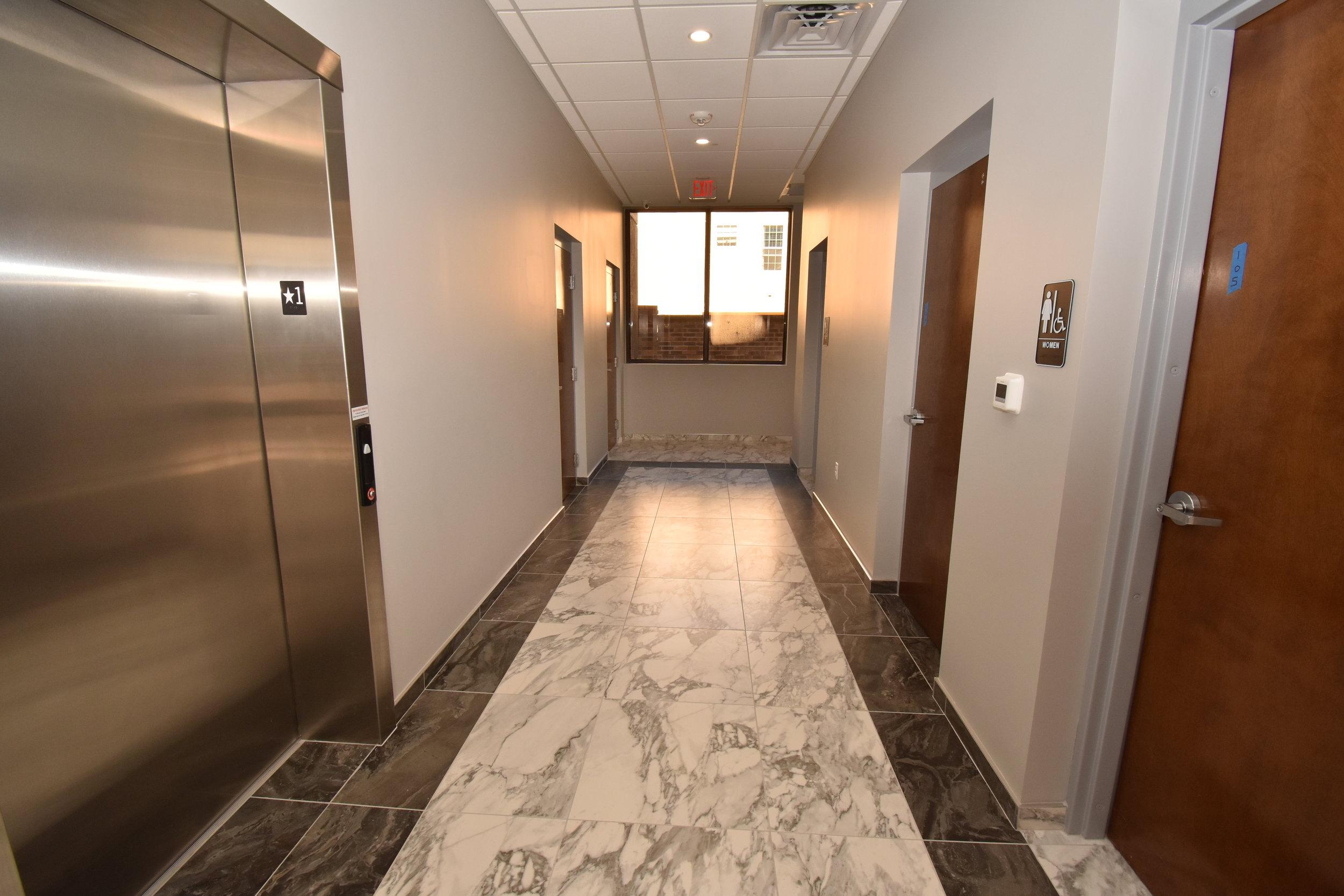 DS Elevtor Hallway.JPG