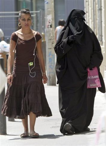 french_burqa.jpg