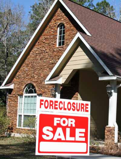 foreclosure-sign-house.jpg