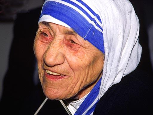 mother-teresa-saint.jpg
