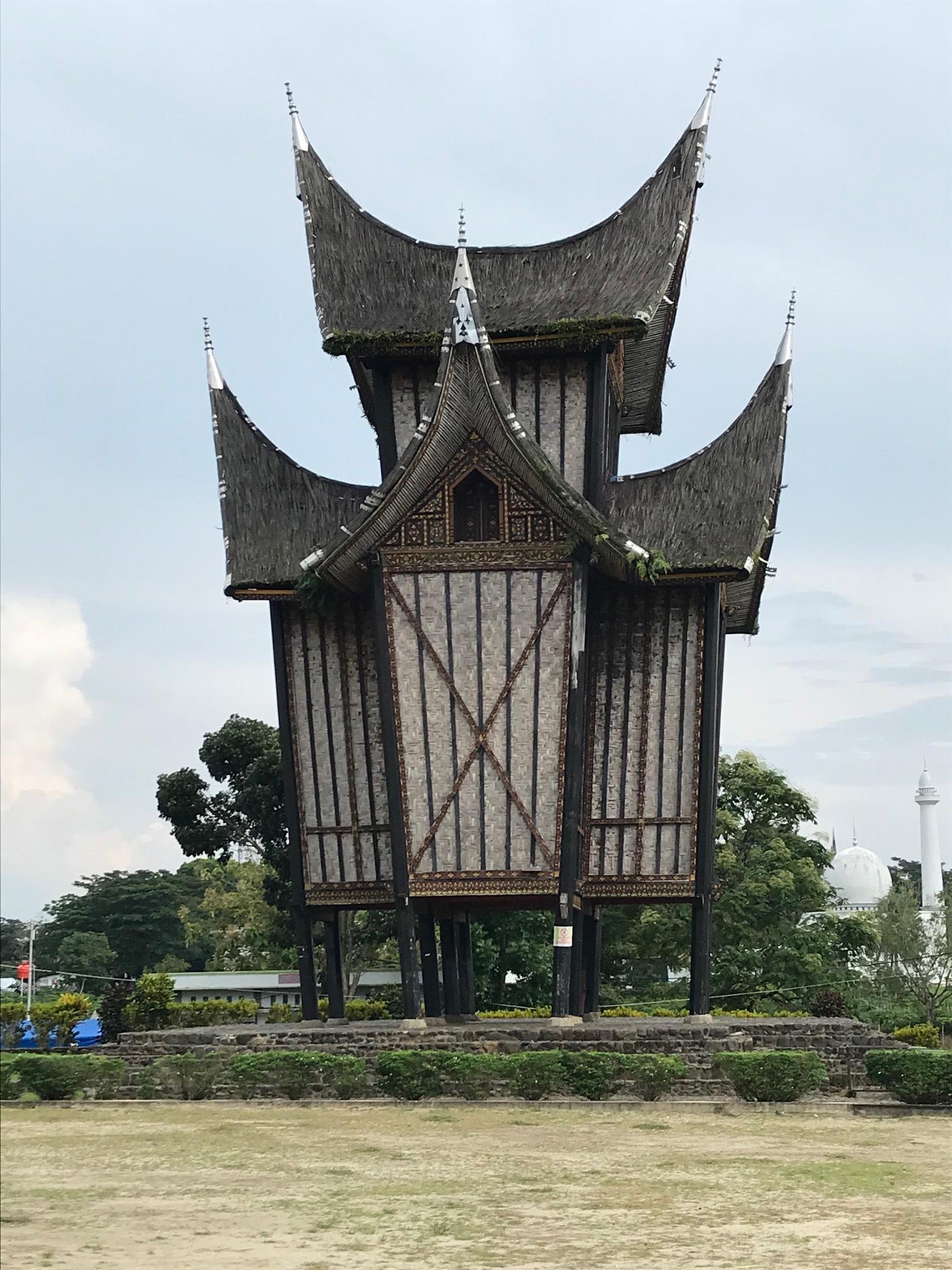 padang Outbuilding of the Pagaruyuang Palace .jpg