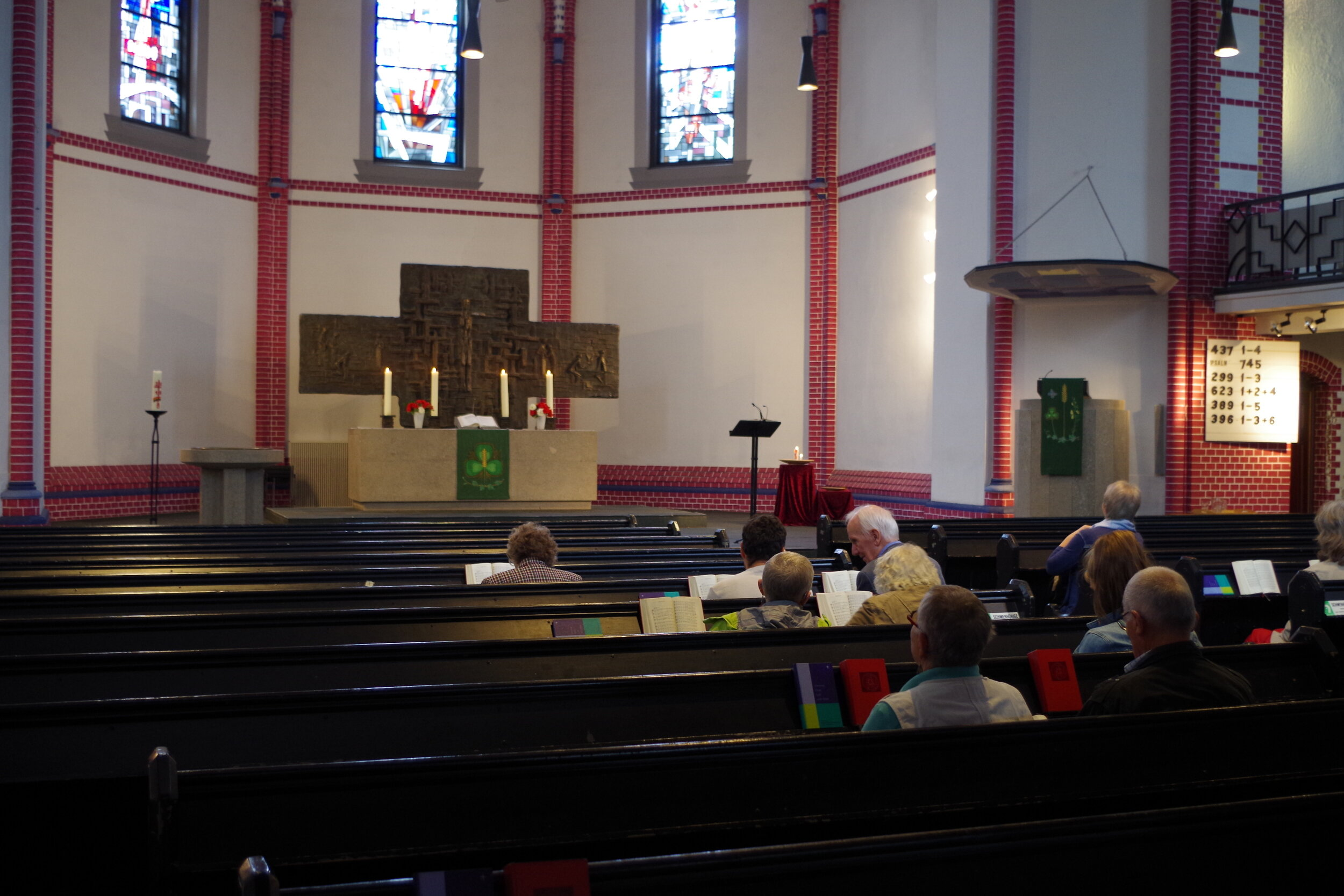Members of a Protestant church in Hamburg gather for their Sunday service. Photo by Jelena Malkowski.