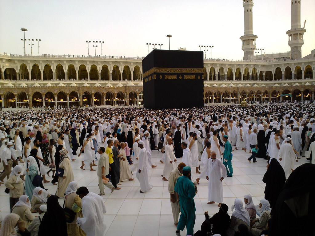 Muslim worshipers fill the site of the Kaaba in Mecca, Saudi Arabia. Creative Commons photo.