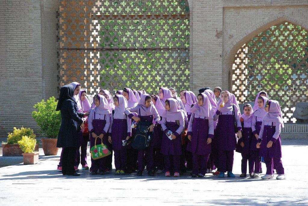 Schoolgirls in Iran. Creative Commons photo.