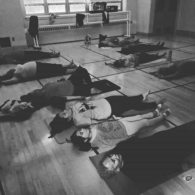 The most joyful moment while teaching tonight's bilingual class. This little girl came to practice with her mom which ofcourse sat silently in a chair (18+ class) the entire time. Pero (But), once we entered savasana she ran to lay next to her mom!!! She held her mom's hand and their breath were instantly synchronized. She just brought so so much hope to my corazoncito ♥️ #thefuture  #safespace #joy