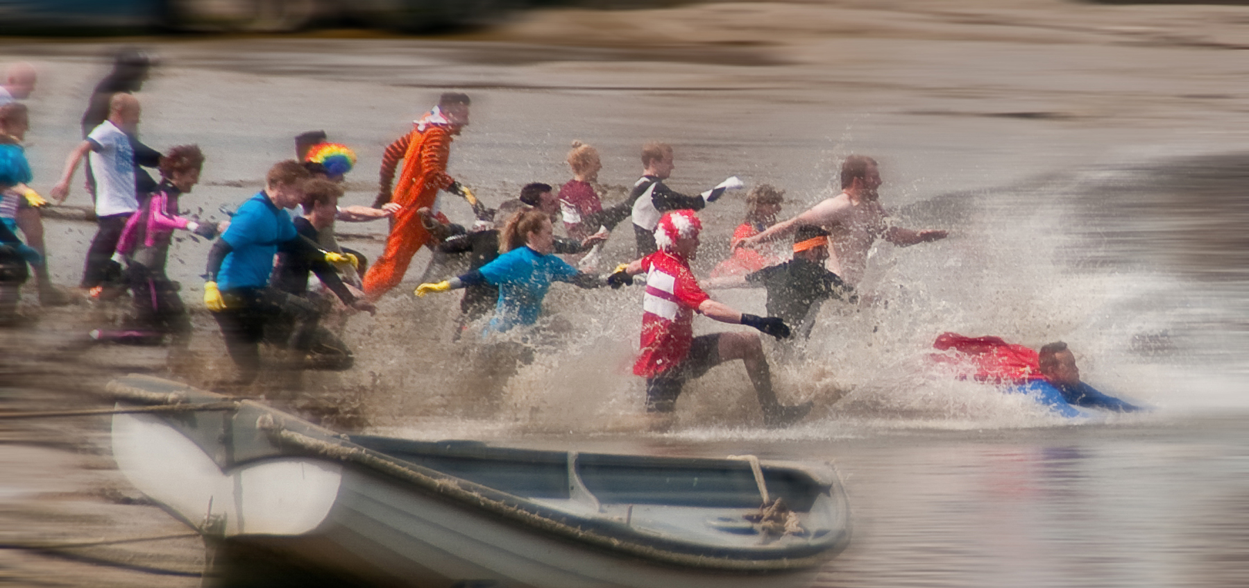 maldon mud race days out in essex charity