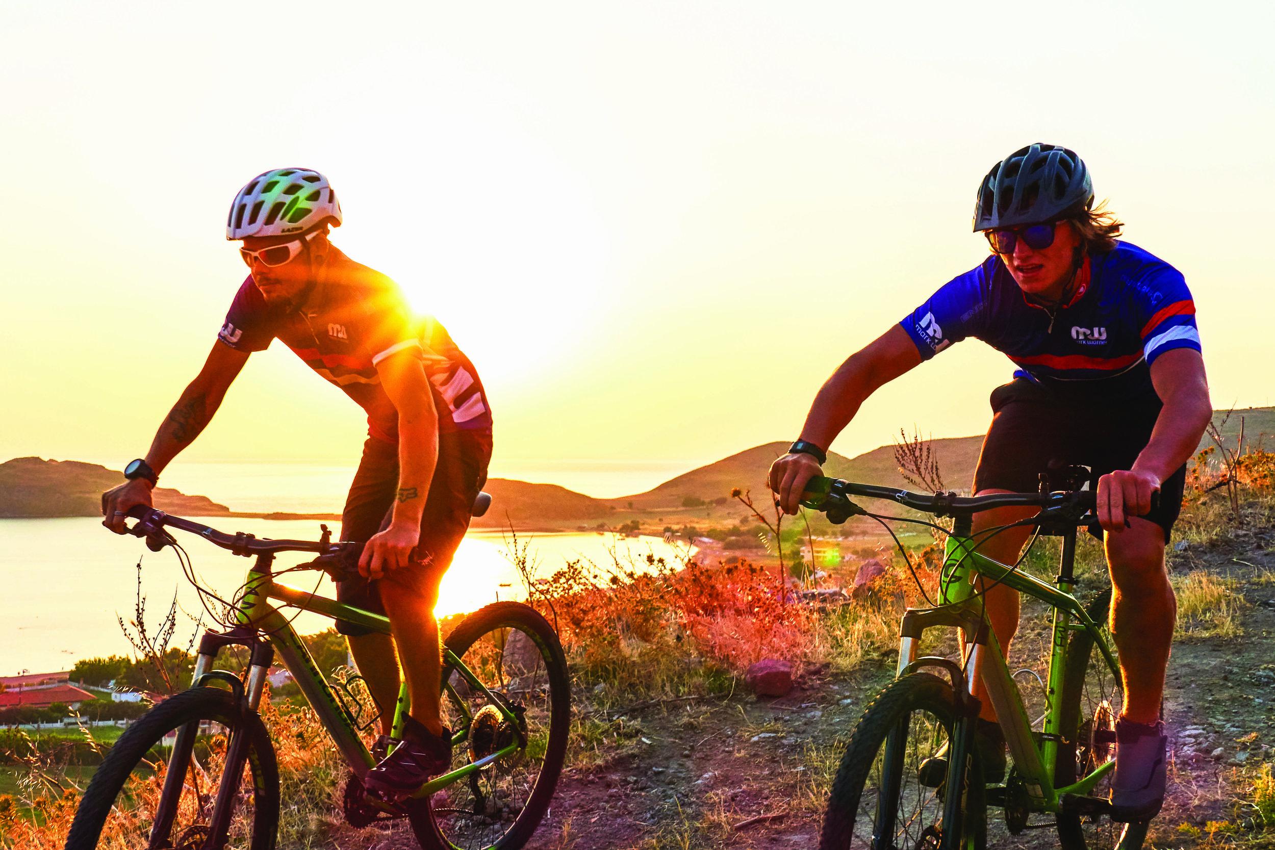 Mountain_Biking.jpeg