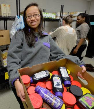 InterFaith Food Shuttle's Food Ark at Elon High School. (Photo by Sara D. Davis for InterFaith Food Shuttle)