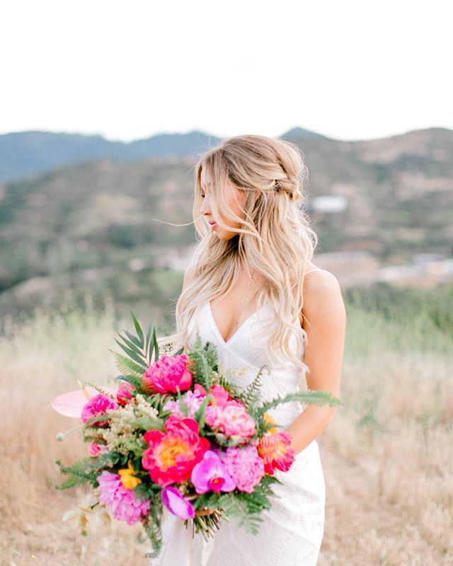 WOWZA 😍😍😍😍 Featured on @greenweddingshoes yesterday with some of the best ✨ | Photo @brooke_borough | Design @karen_marie_events | Florals @wildflowers_floraldesign | Venue @brookviewranch | Dress @bertabridal | Bridesmaid Dresses @showmeyourmumu | Makeup @beautybyalessi | Hair by Jenny @blushing.beauty