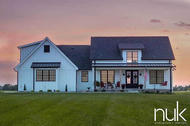 I stopped by this finished farmhouse on my way home last night to snap some exterior pictures. . . .  #thedesignnuk #newconstruction #architecture #farmhouse #modernfarmhouse #FranktonIndiana