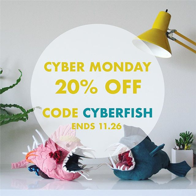 It's that time of year folks! Use offer code 'CYBERFISH' at checkout for 20% off your purchase 🐟 gift someone you love a Morris this year! 🎁 . . . #cybermonday #holidaygifts #sciencegifts #nerdgifts #fish #cyberfish #giftguide2018 #fishguts