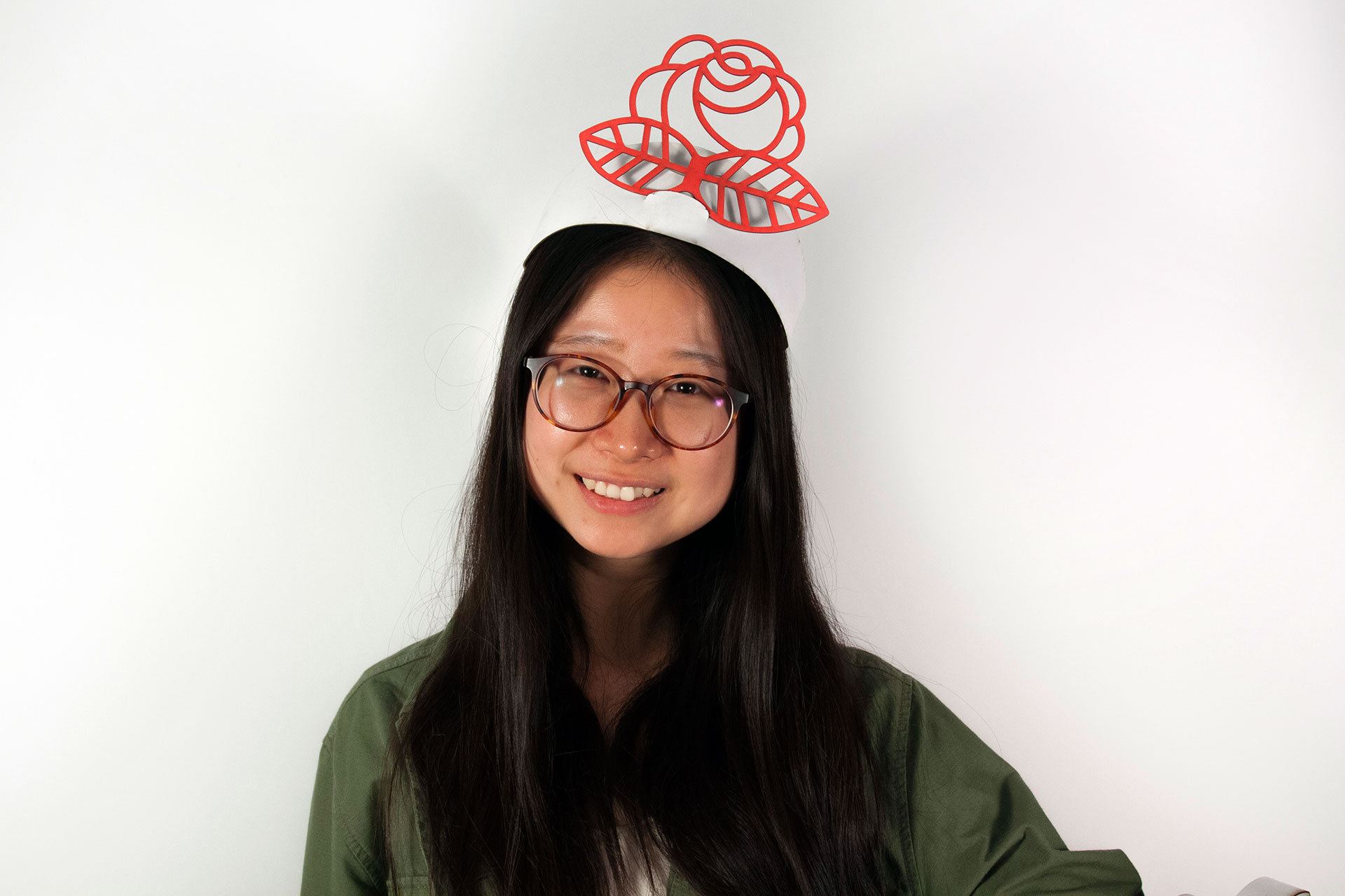 hat_on_model.jpg