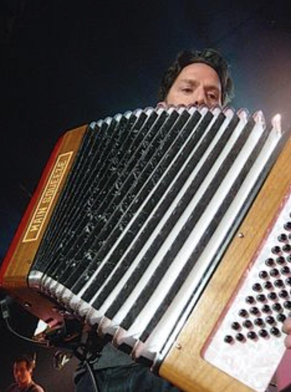 JL big accordion.png