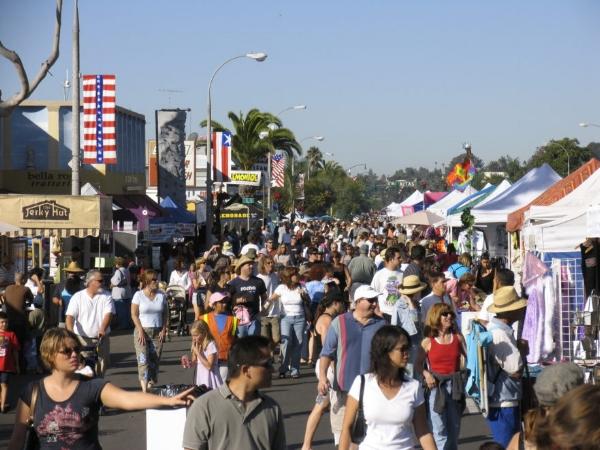 encinitas-holiday-street-fair-2017.jpg