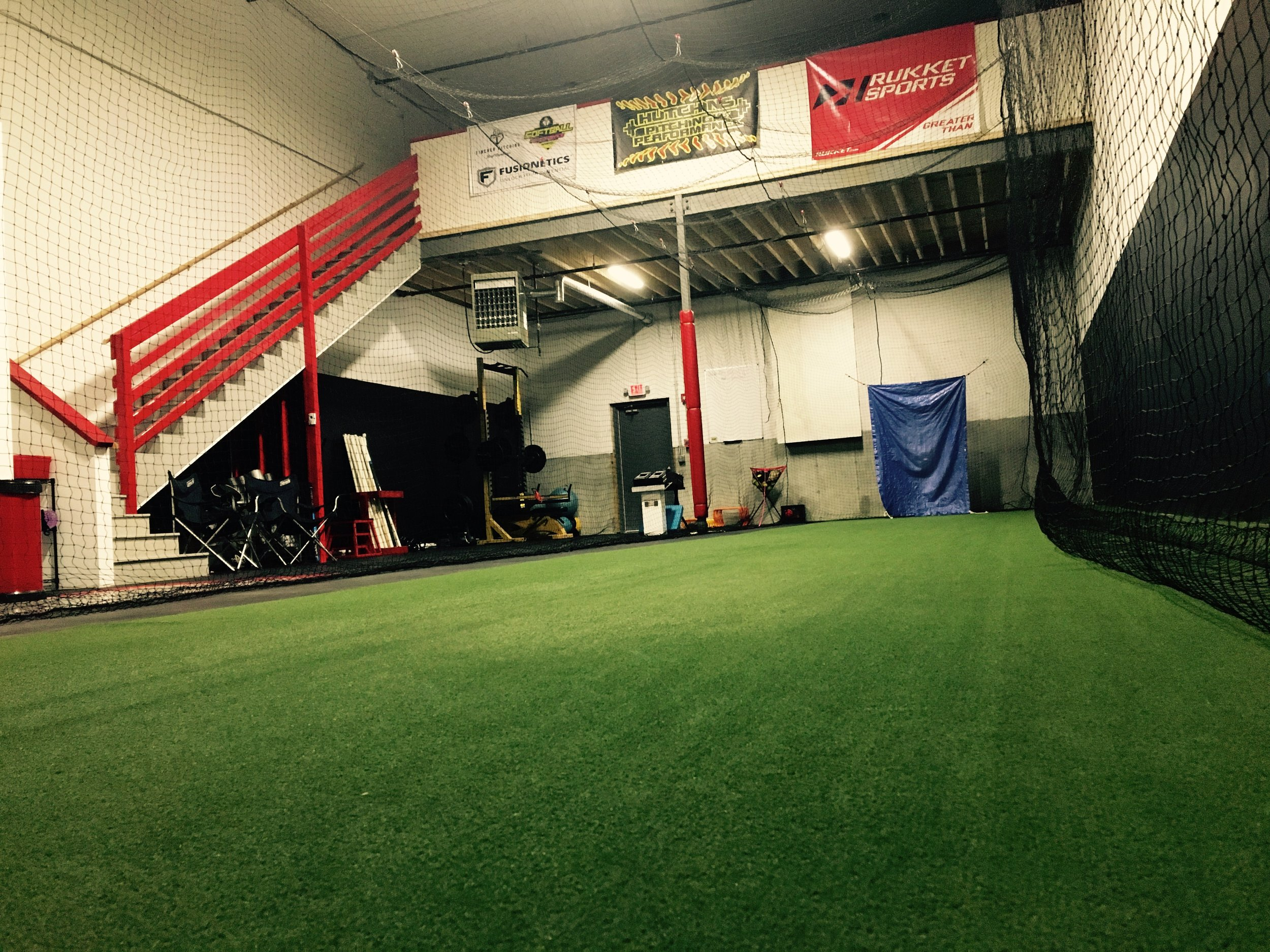 Don't forget!!HPP offers private hitting instruction! Keep us in mind when the weather starts to force you indoors. Our cage is also available for 1/2 hour and 1 hour blocks if you're looking to get reps in. Check out the