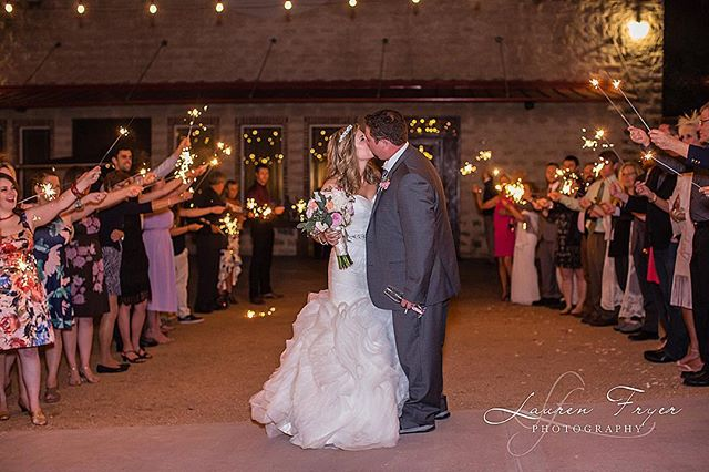 Can't wait for another awesome open house at @theoaksatheavenly !Come book your venue and meet some amazing people to help you make your day perfect!Tues. Jan. 22 5:30-8:30.