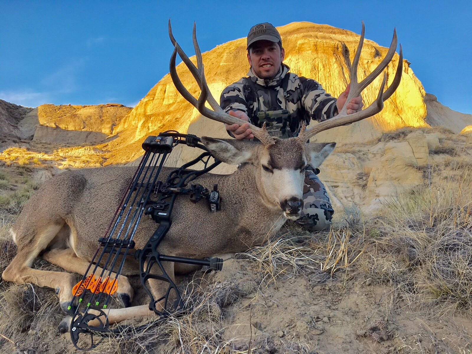 Jeremy with an Awesome Archery Mule Deer