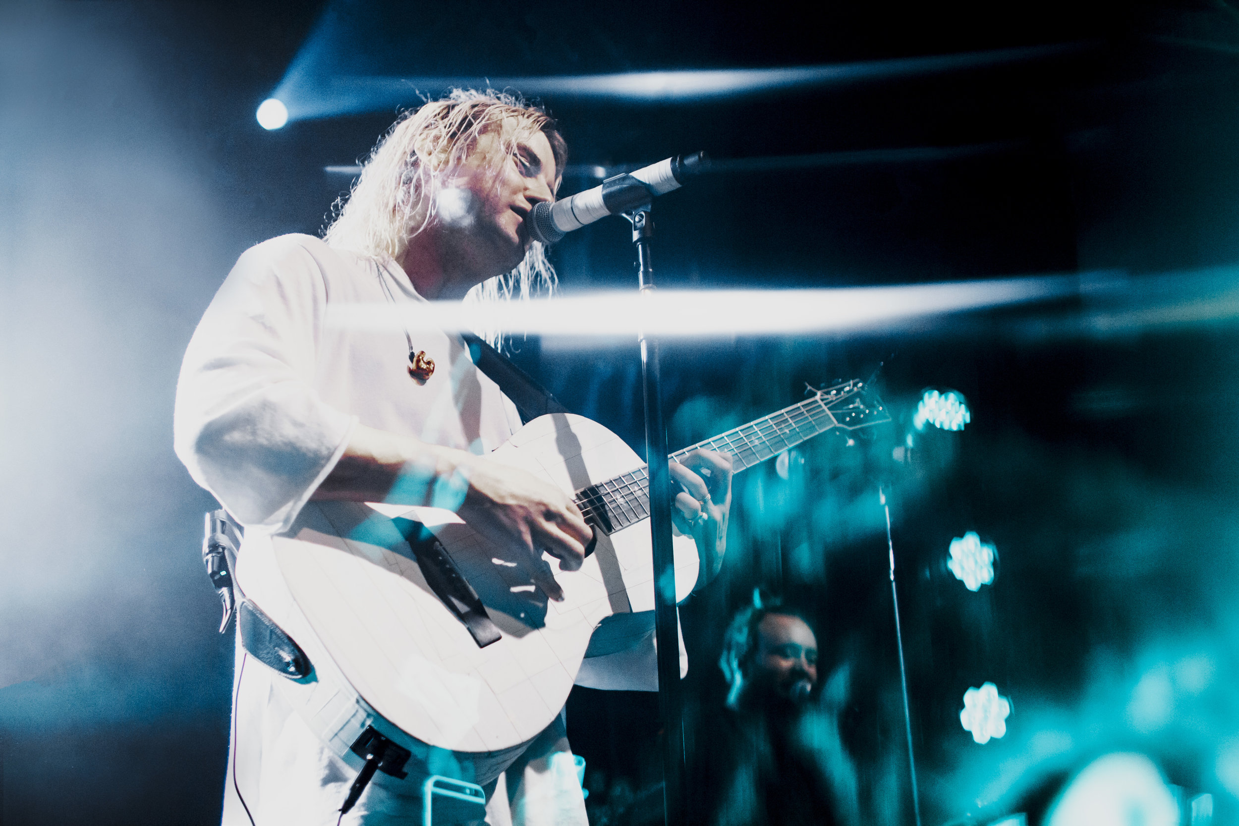 Judah + The Lion (by Nicole Conflenti)