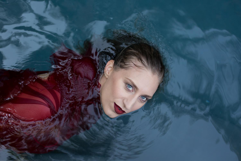 Molly DeWolf: New Single