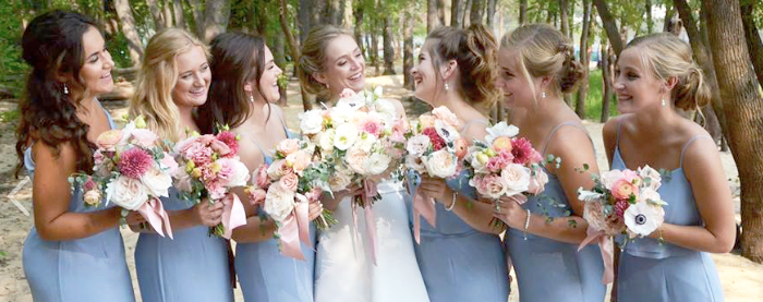 Don't you think one of the best things about your big day is to have your best friends by your side? We say YES! Photo credit: Genuine Photography By Meyer