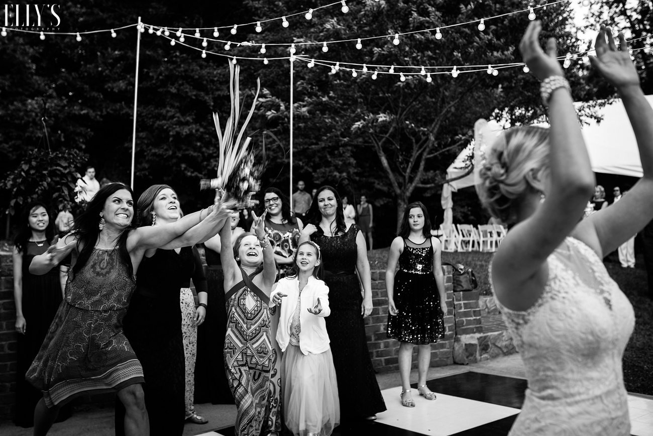 038BackyardWedding.jpg