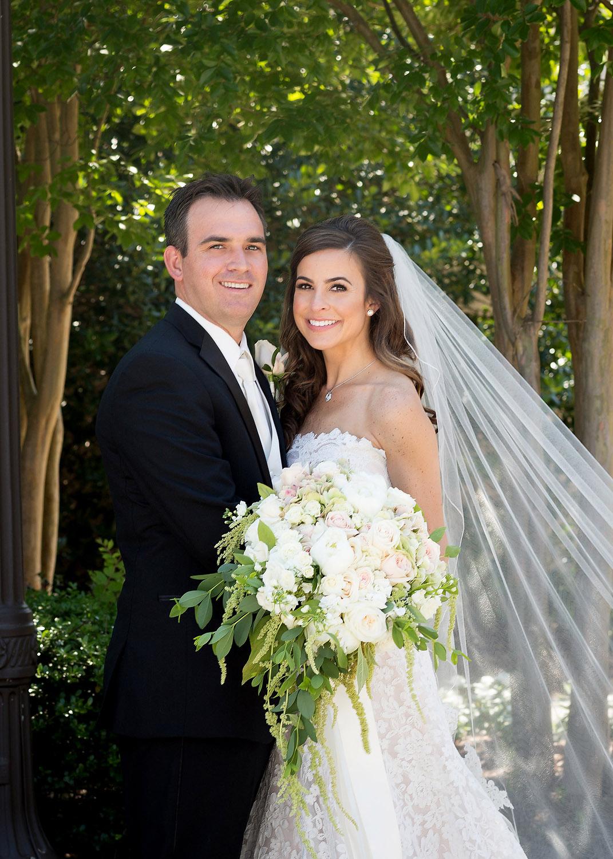 027bride-and-groom-flowers.jpg