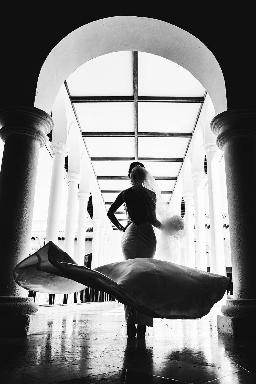 048sexy-bride.jpg
