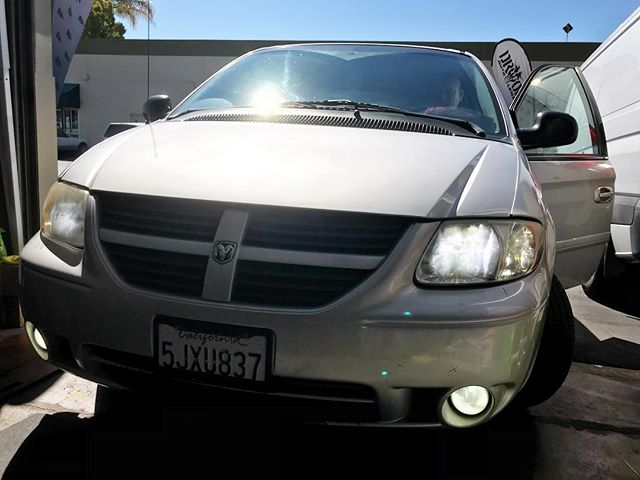 Dodge Caravan - NeoPhyte Series - Low Beams + Fog Lights