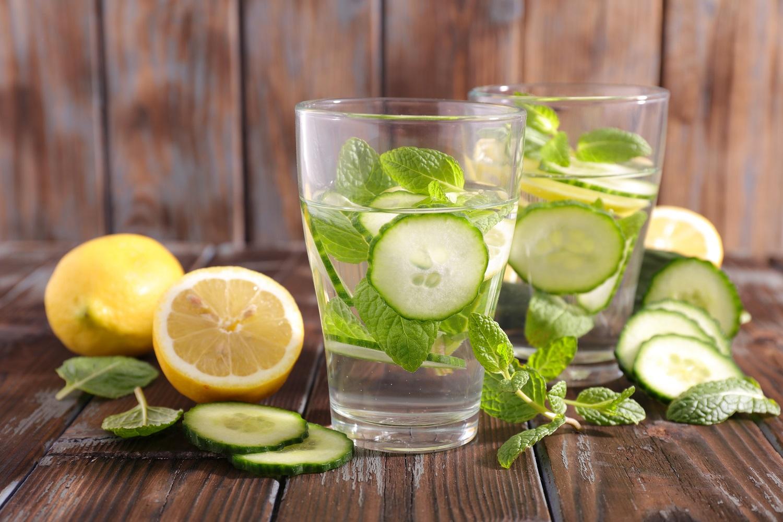 cucumber water.jpg