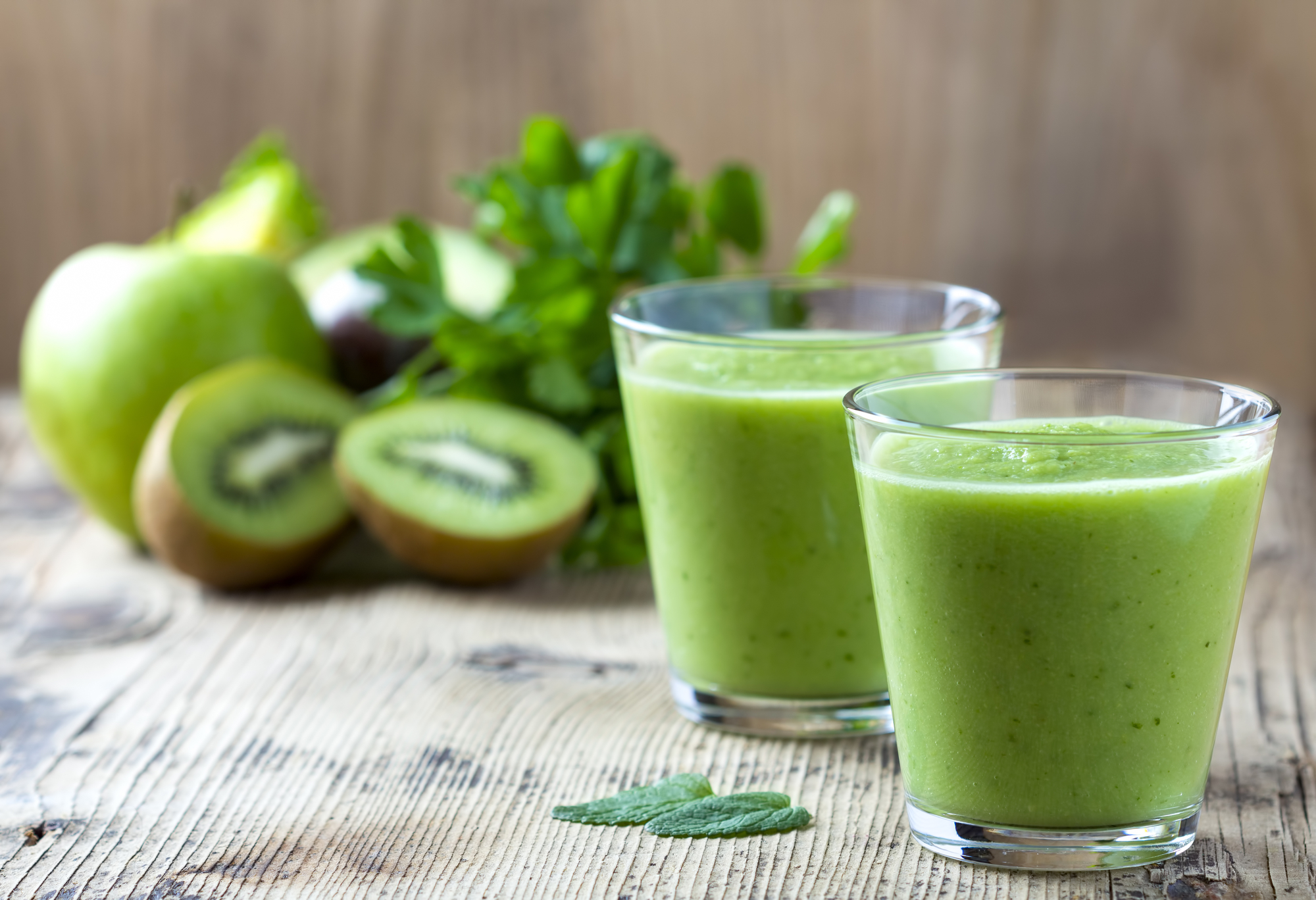 green smoothie kiwi.jpg