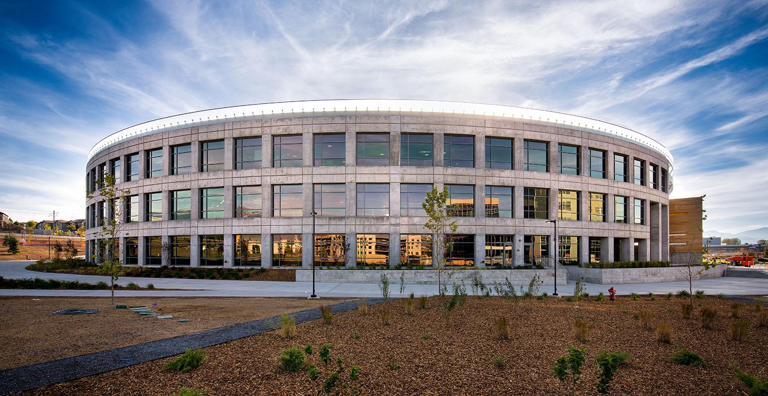 Overstock.com Headquarters, Parking Structure & Data Center (2016)