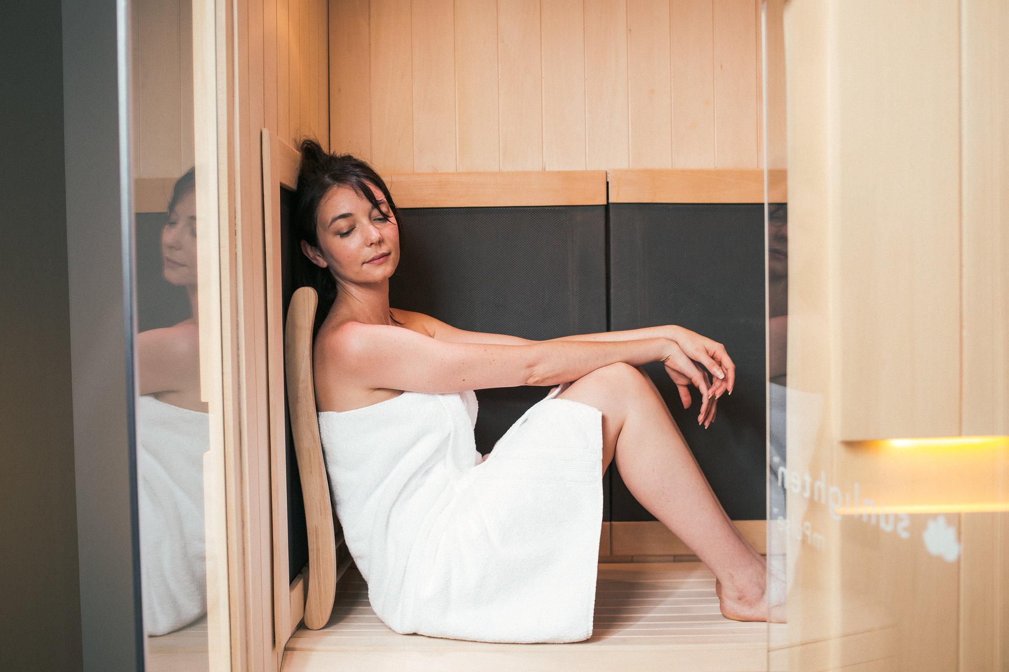 Infrared Sauna Relax 1.jpg