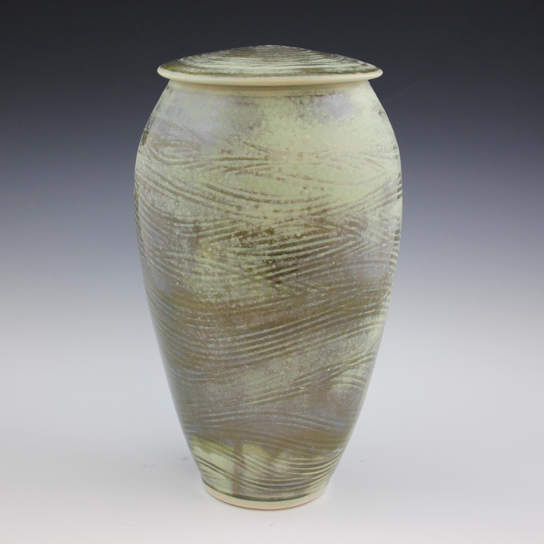 urn-2a