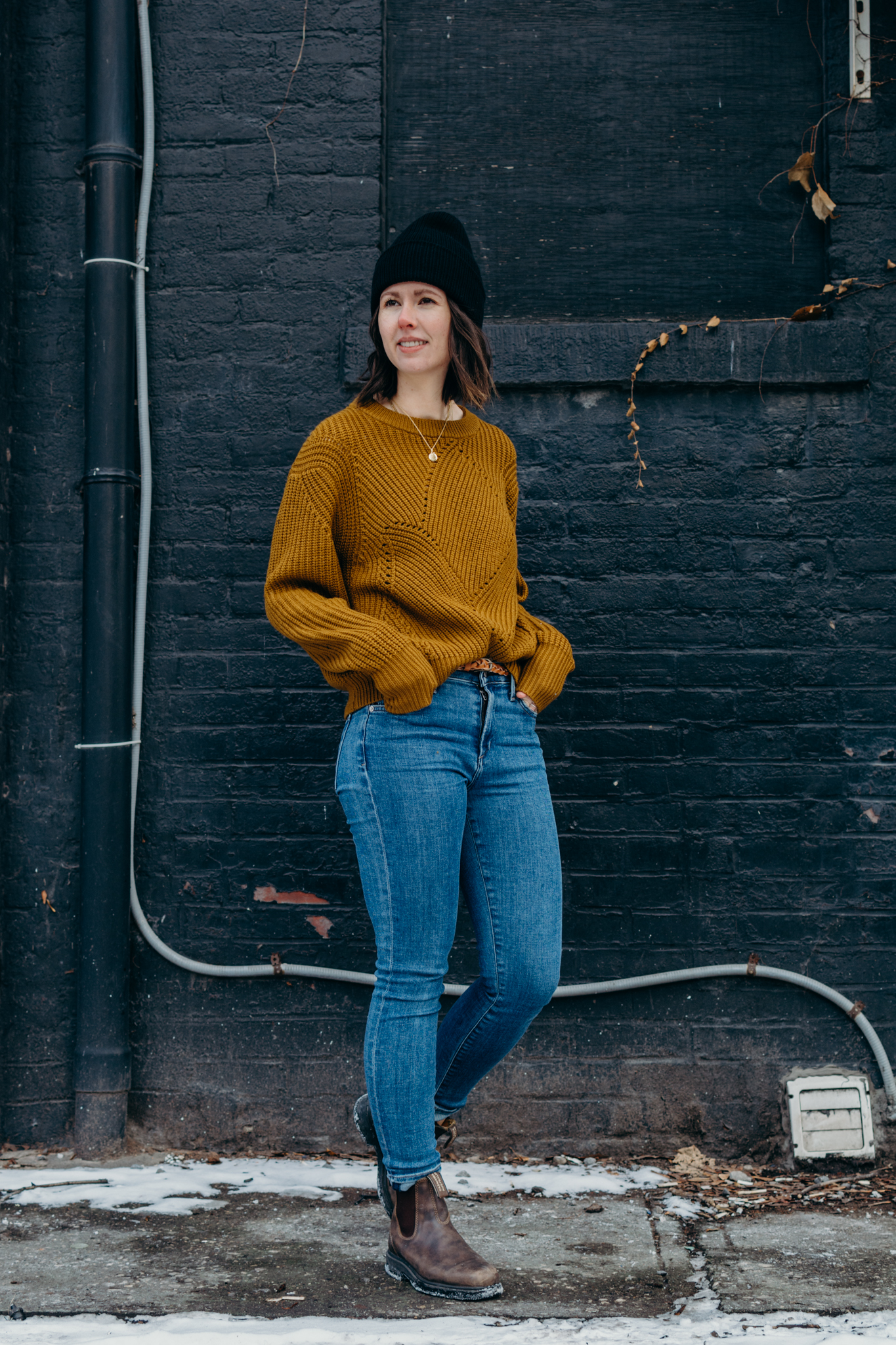 blundstone outfit womens wilfred serment sweater artizia citizens of humanity rocket skinny jeans outfit toronto street style - style apotheca