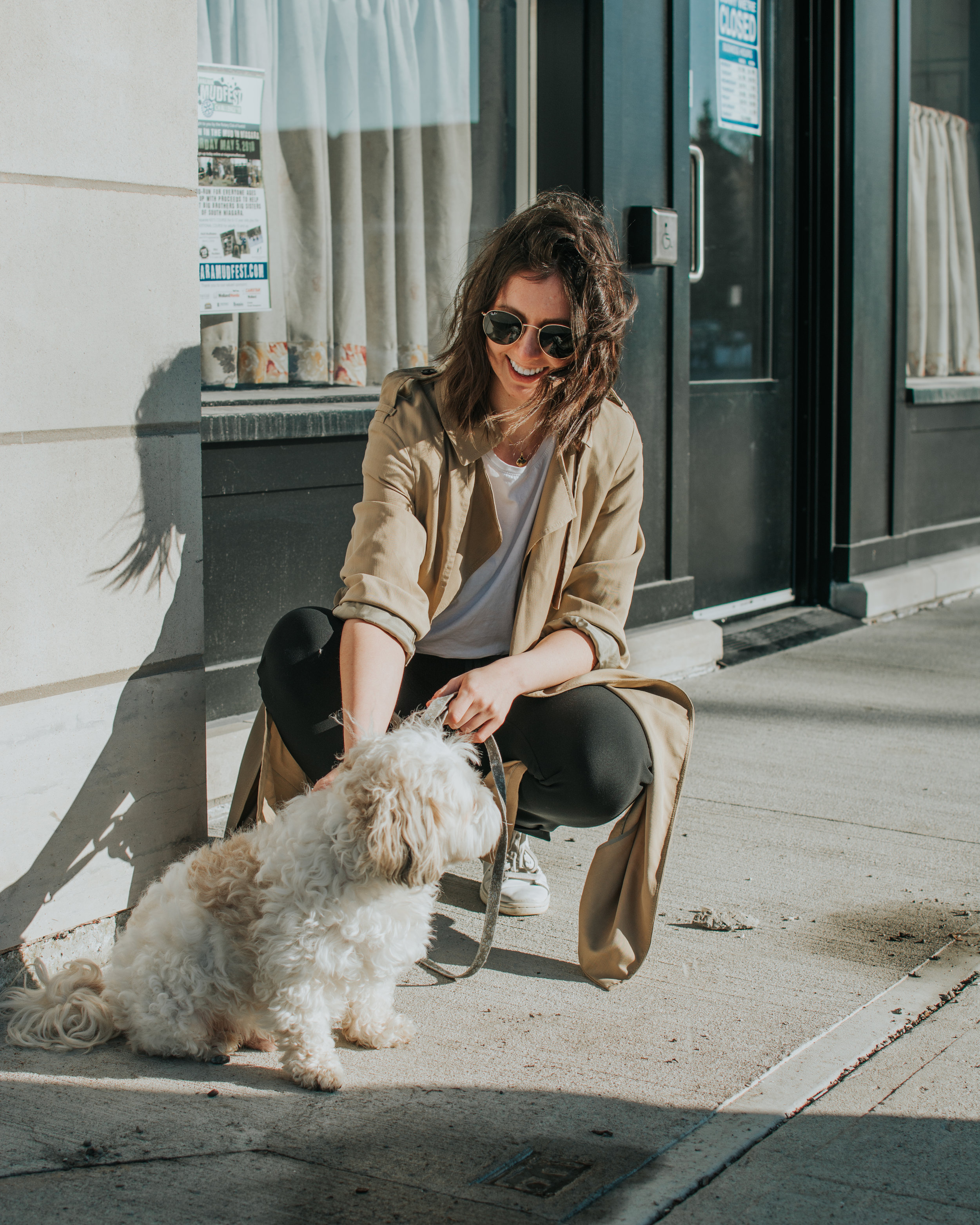 athleisure style - trench coat outfit - lululemon on the fly pant - artizia - style apotheca