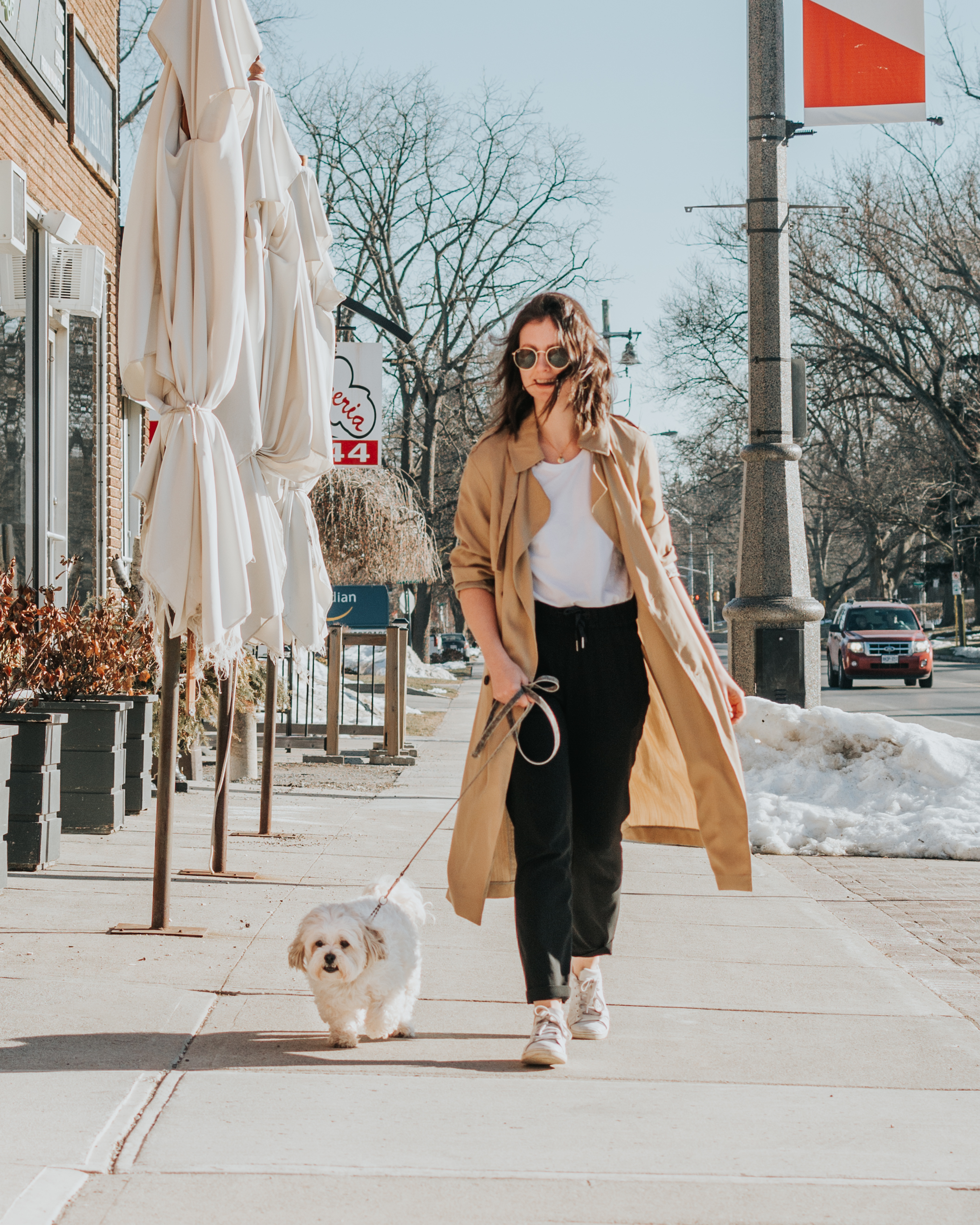 athleisure style - trench coat outfit - lululemon on the fly pant - joggers style - artizia - style apotheca