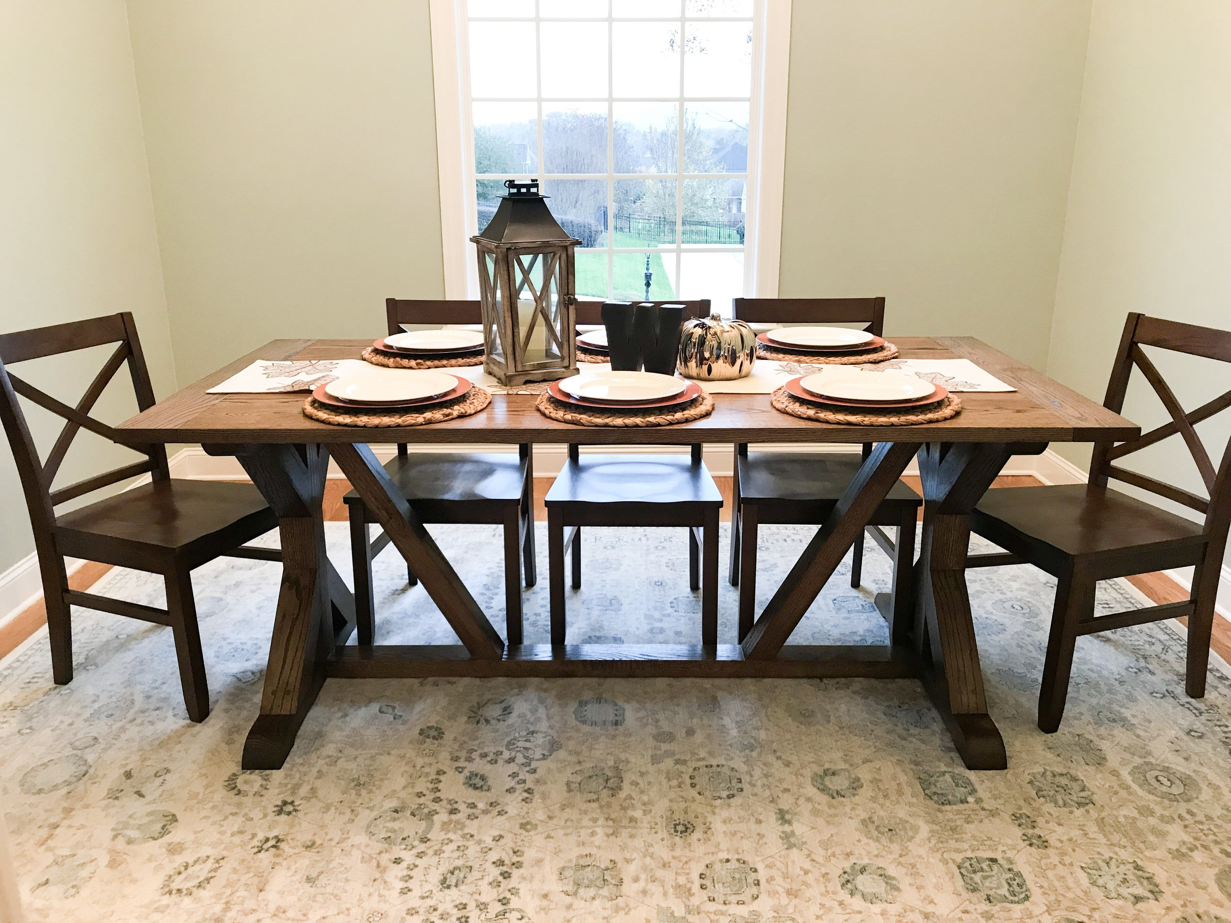 red oak dining table
