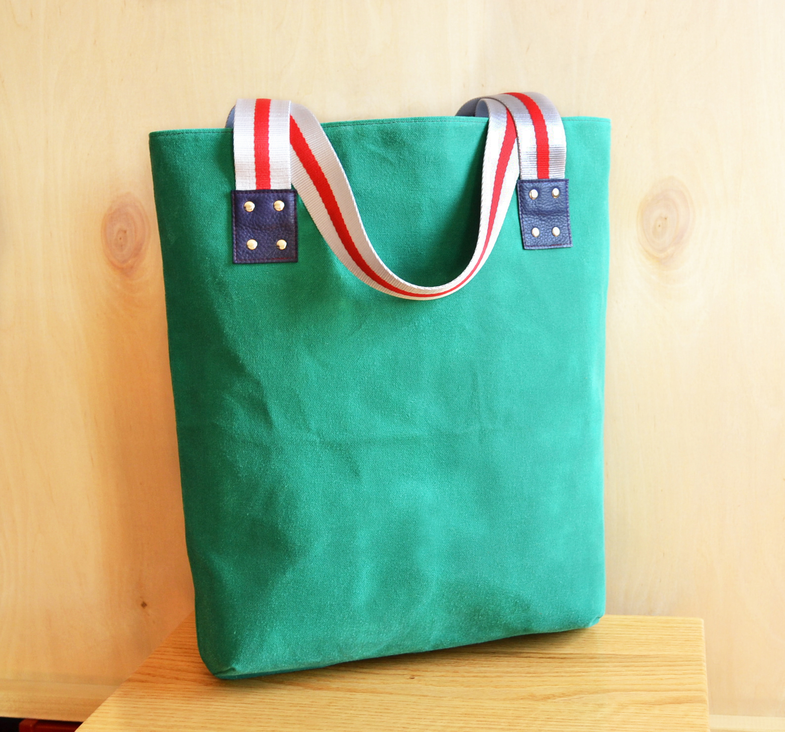 Waxed Canvas LF Market Tote in Teal