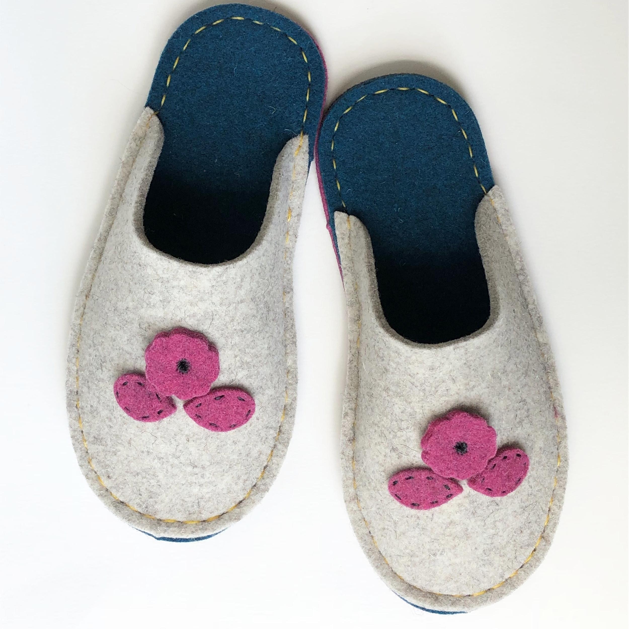 Wool Slipper Set.JPG