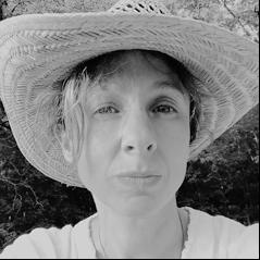 author Brenda Kahn.png