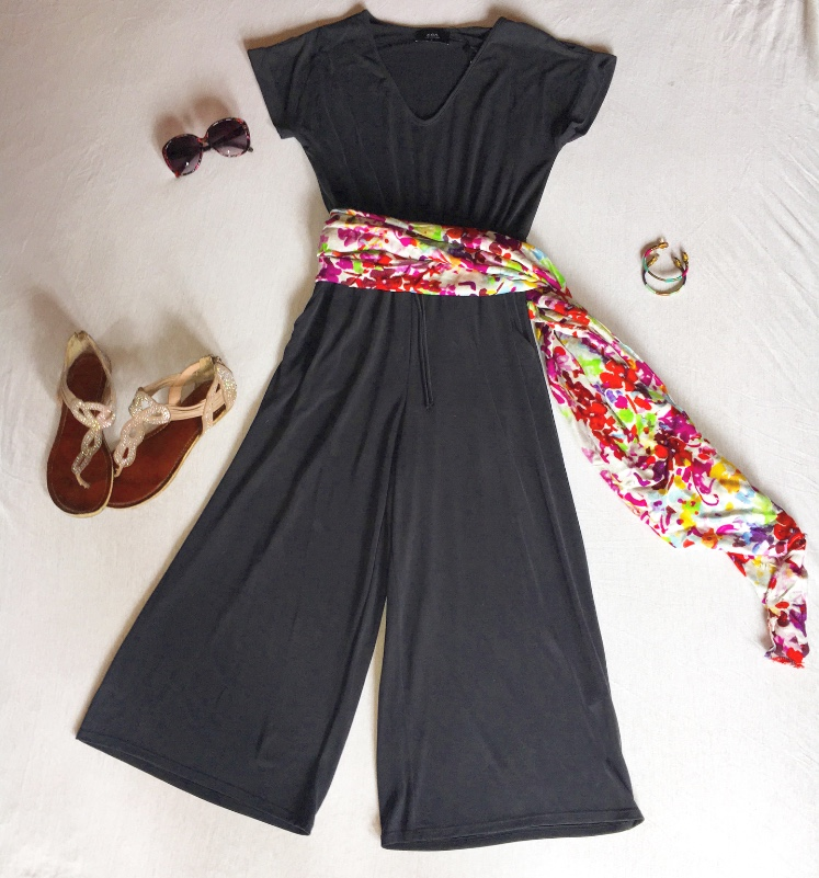 The best part of this outfit is that any scarf you have will work! Then add some simple sandals and maybe a bracelet or two from Venue's collection. Keep the sun out of your eyes with a pair of Giselle sunglasses from Venue for $15, and you'll be ready to head out the door.