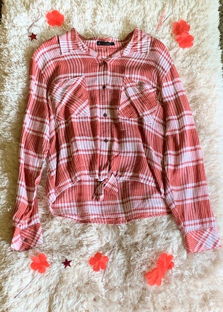 We're glad it's time for plaid! Pick up the Sanctuary Resort Tie Plaid Shirt for $79 at Venue.
