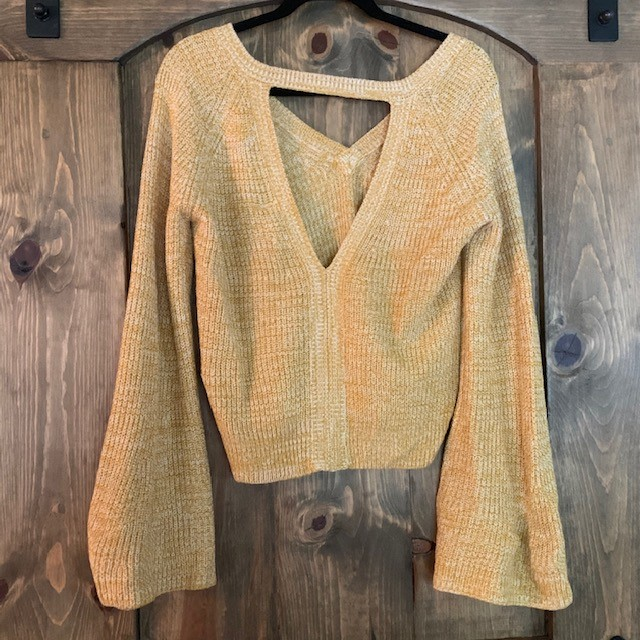 The back of the $78 Jack Retro Marigold Sweater is just as cute!💛