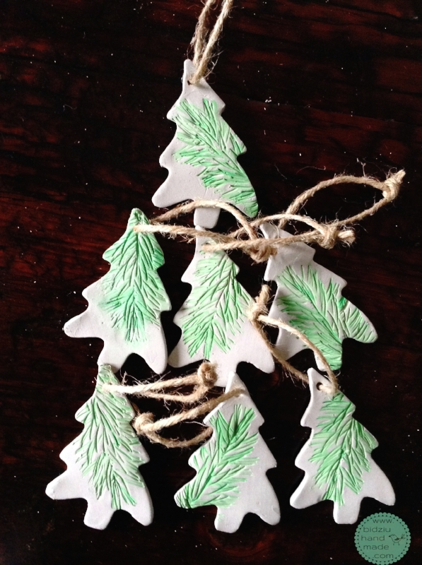 DIY Christmas tree ornaments, rustic Christmas ornaments, clay Christmas ornaments, handmade Christmas ornaments, rustic Christmas ornaments, simple Christmas ornaments, bidziu handmade, bidziuhandmade