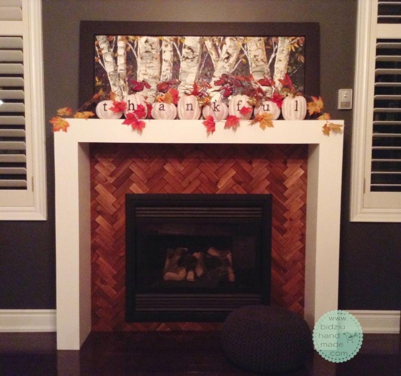 DIY thanksgiving decoration, DIY thanksgiving fireplace decor, pumpkin decoration, fall fireplace decoration, DIY fall decor, fall decorating ideas, DIY fall decorating ideas,
